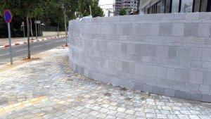 חיפוי חומה טרוורטין מוברש - וילה ברמת השרון - מבט מהרחוב
