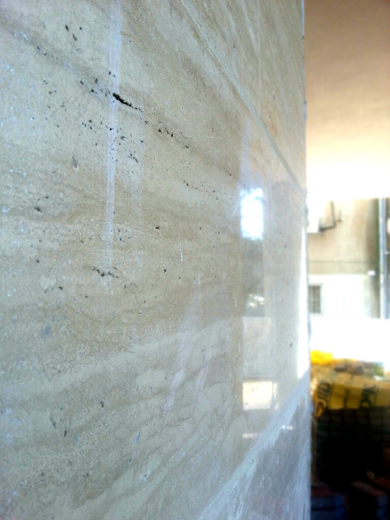 travertine with the vain 001